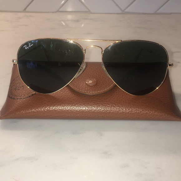 Ray-Ban Accessories - Women's RayBan Aviator Large Metal with hard case